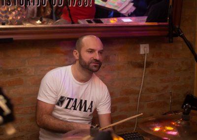 docek-nove-godine-2019-cafe-club-velvet-cacak2