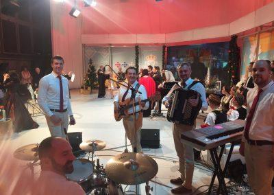 stari-grad-bend-za-svadbe-u-emisiji-srbija-na-vezi3